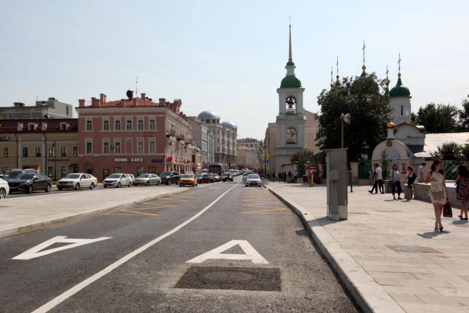 На трех улицах в центре Москвы ограничат движение