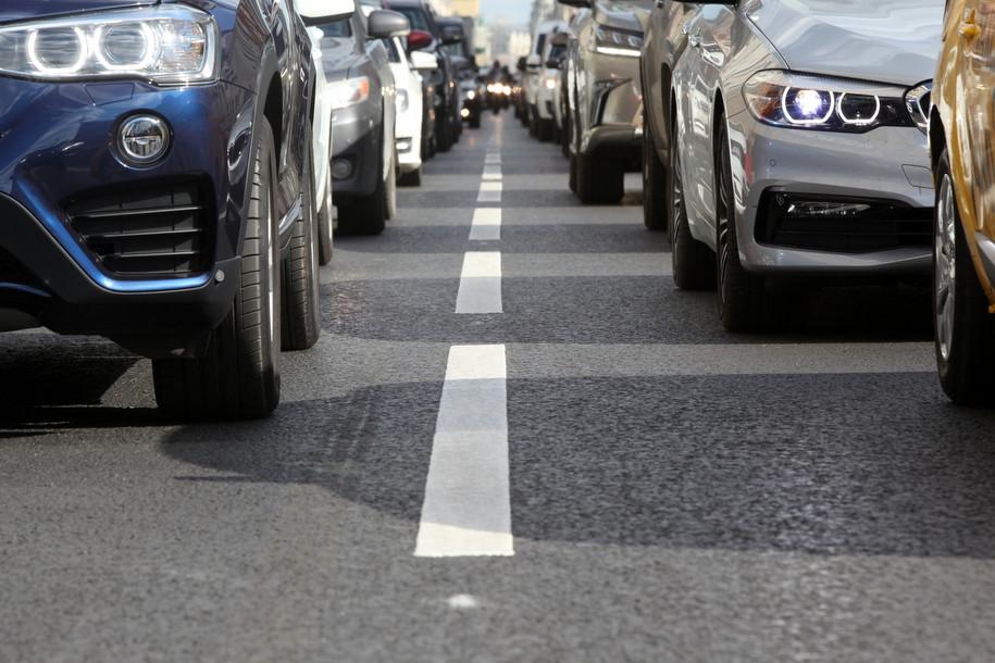 Движение транспорта на выходных будет ограничено