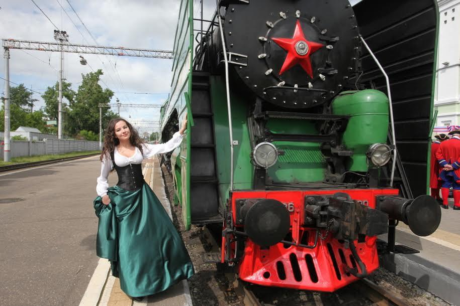 Локомотив старинного поезда