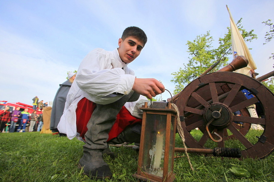 Участник фестиваль Времена и эпохи в Царицыно петровский солдат