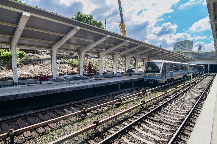 Открытые станции Филевской линии оборудуют подогревом