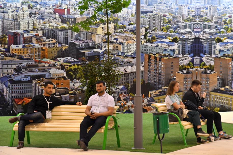 Шоу-рум реновационного жилья на выставке Московский урбанистический форум