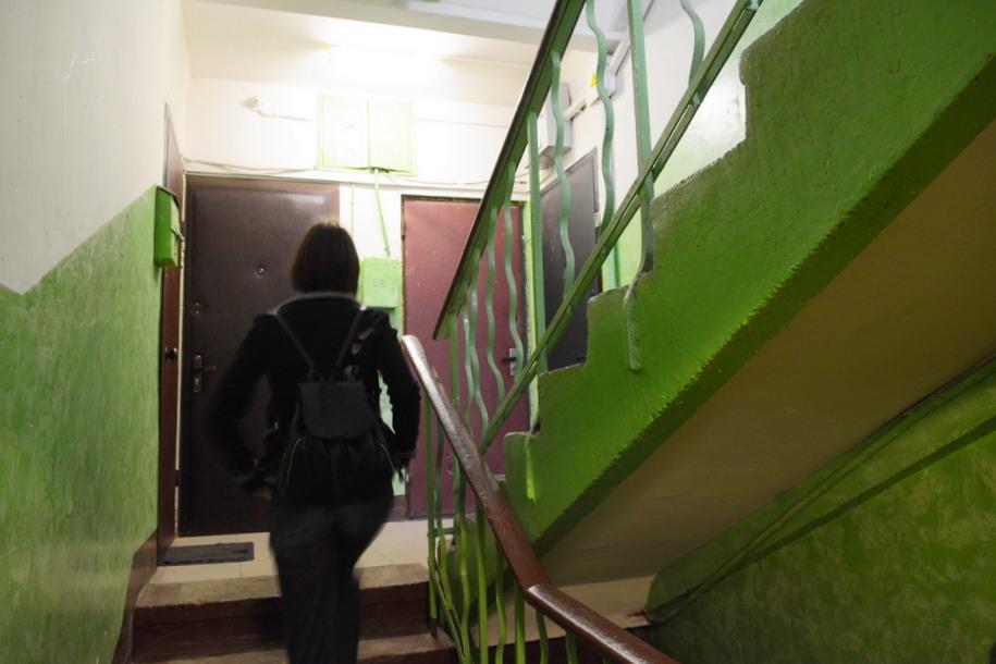 Лестница в пятиэтажном доме в Люблино