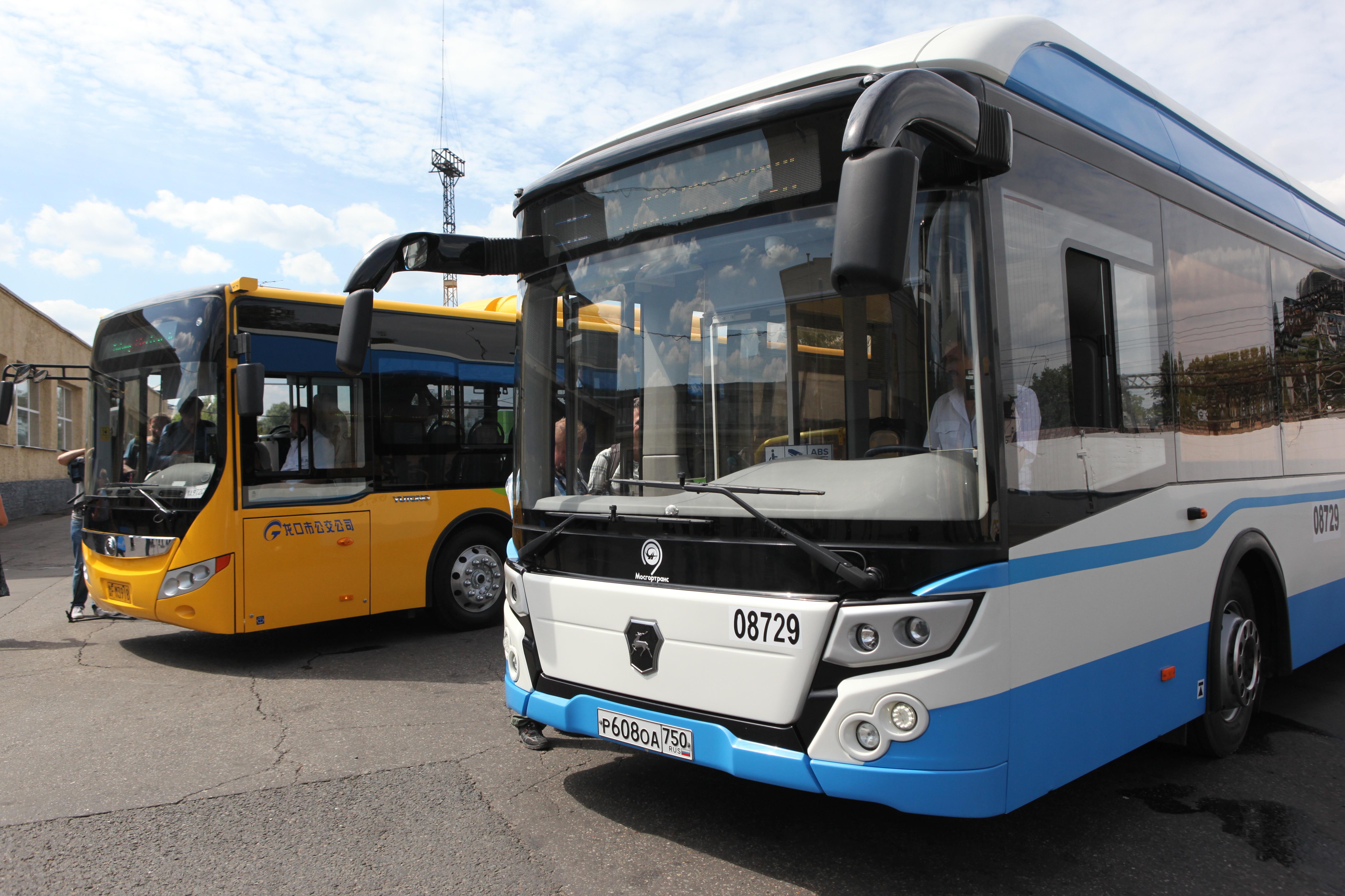 Электробусы перед тестированием на улицах Москвы