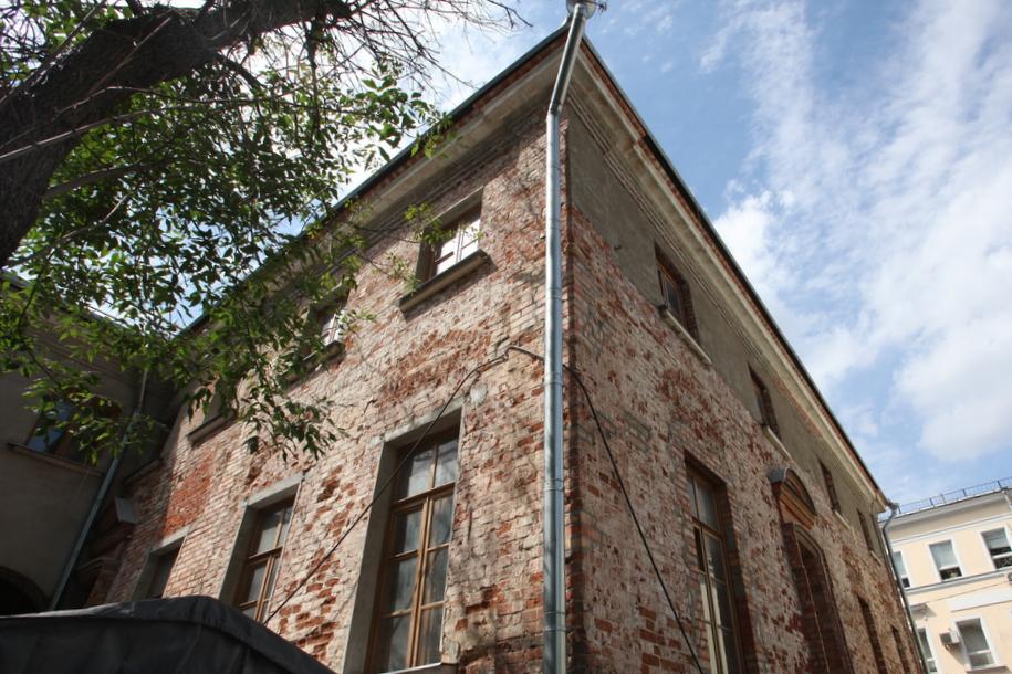 Угол дома Веневитиновых в Кривоколенном переулке