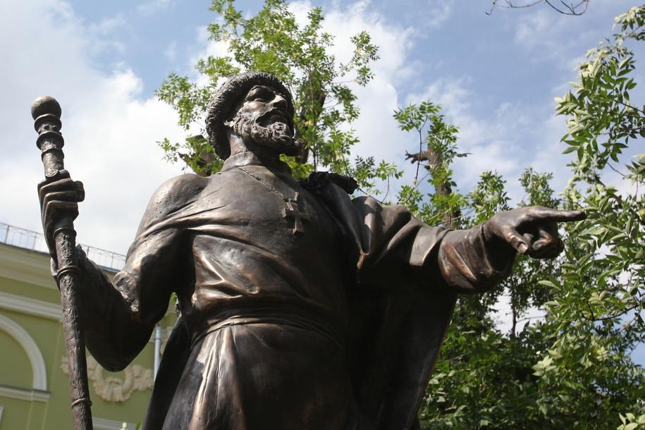 Памятник Грозному установили в Москве