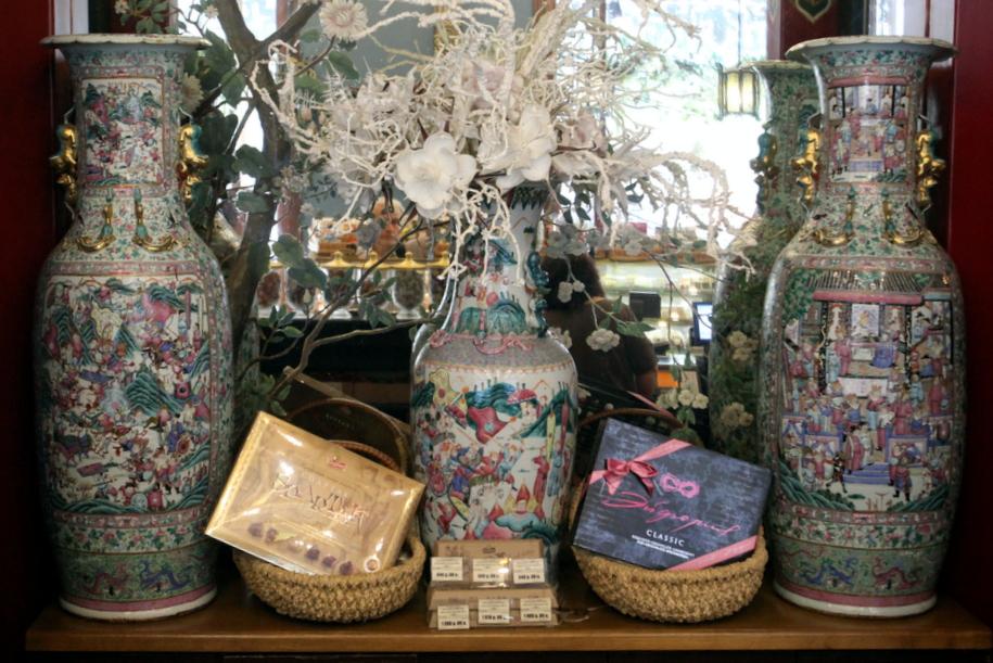 Коллекция китайского фарфора в чайном доме Перлова