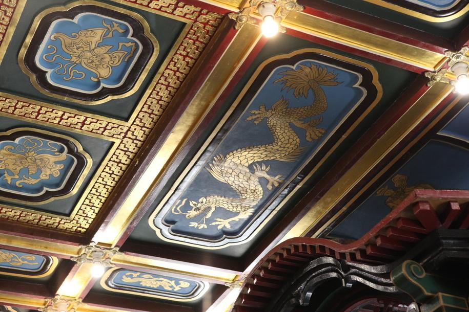 Роспись потолка в чайном доме Перлова