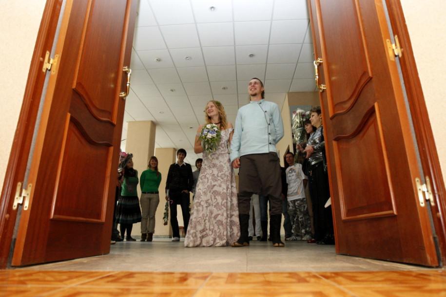 В День города Москву ожидает свадебный бум