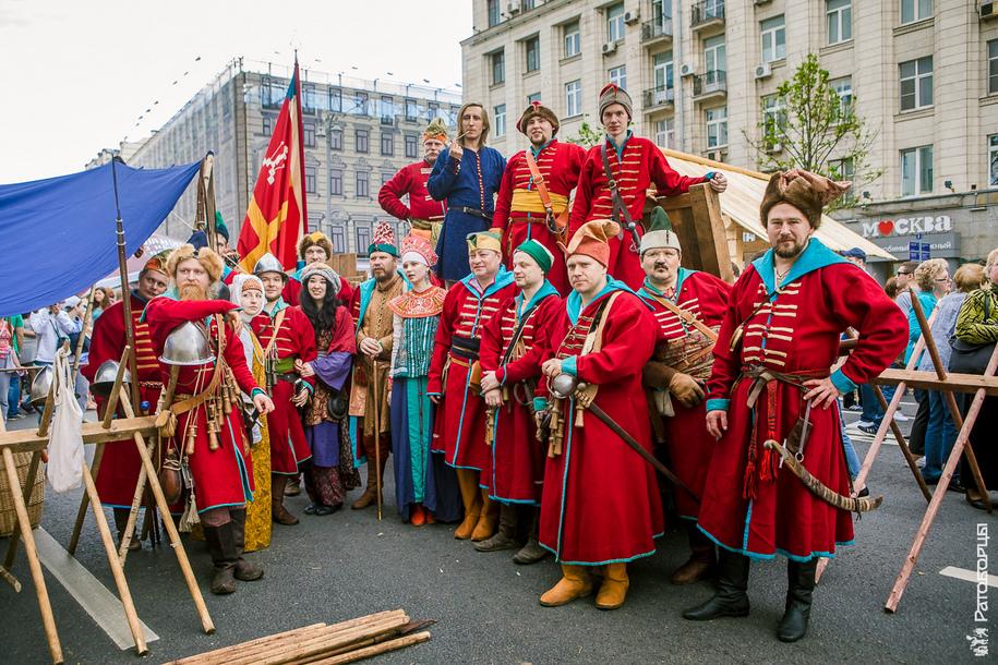 Русские стрельцы-ратоборцы в центре Москвы