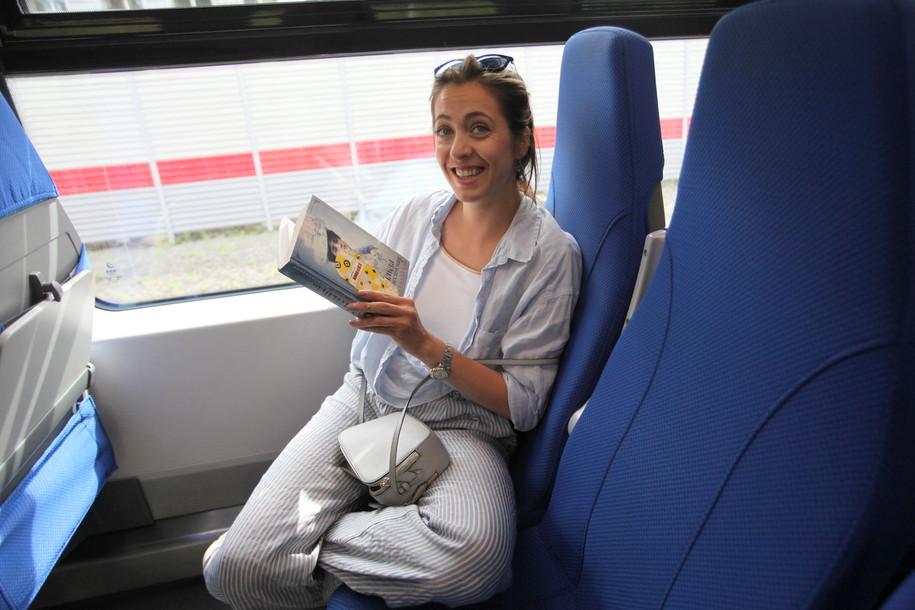В вагонах поезда «Ласточка» стало потише