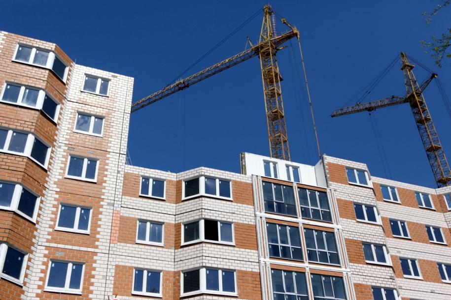 Почти 9 тысяч семей переехали в новые квартиры по программе реновации