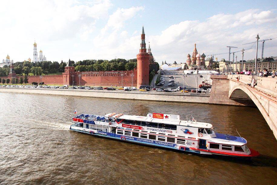 Звездные деятели культуры проведут экскурсии по Москве