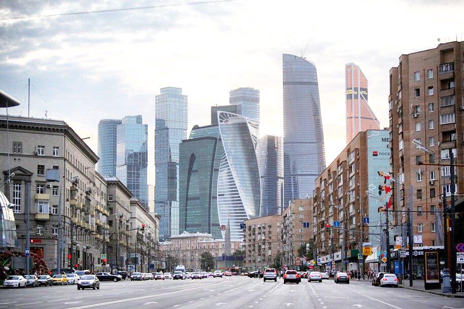 Днём во вторник погода в Москве будет облачной и тёплой