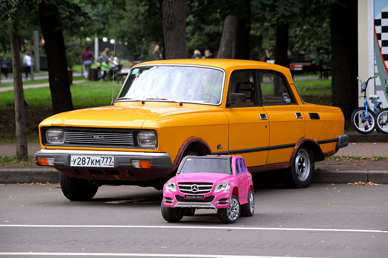Фестиваль ретро-автомобилей прошел в «Сокольниках»