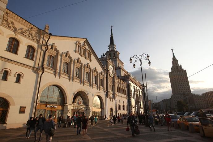 Здание Казанского вокзала и гостиница Ленинградская
