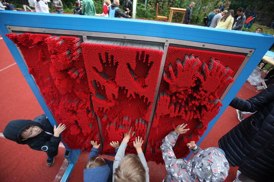 Интерактивная зона для детей на джаз-фестивале в Сколково