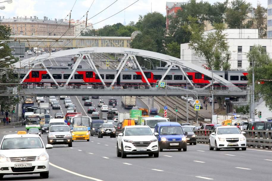 Восемь транспортных развязок на МКАД будет реконструировано