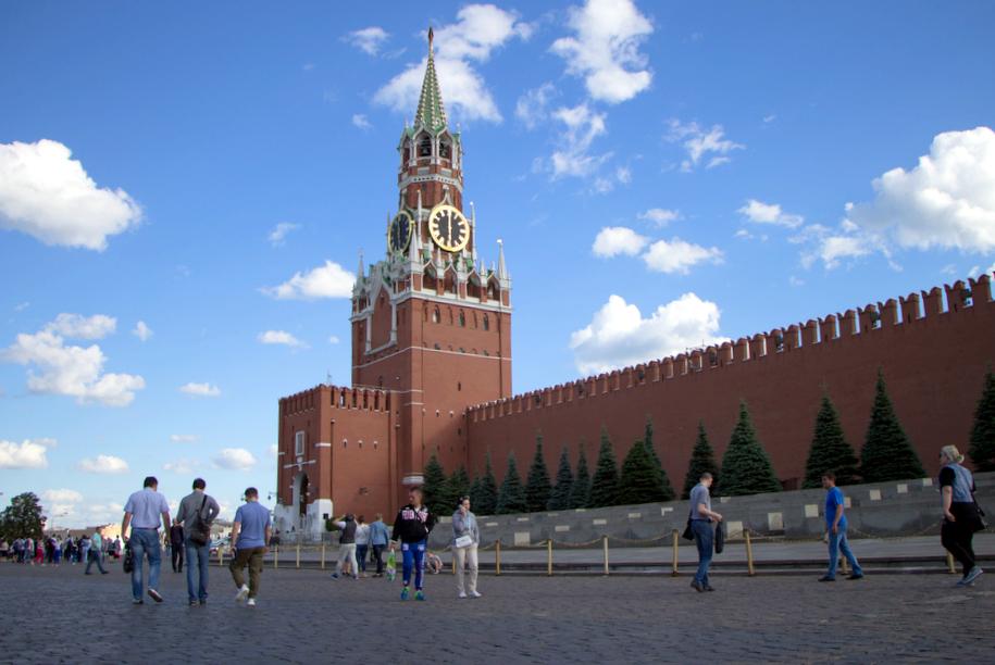 Новый пункт пропуска в Кремль появится у Спасских ворот