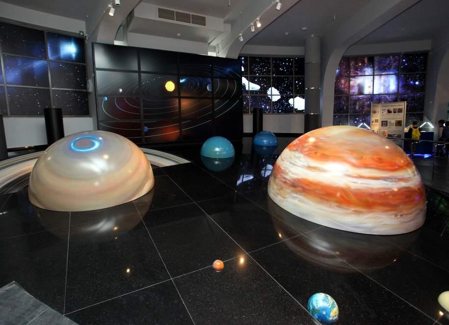 Мобильный планетарий откроется на Выставочной