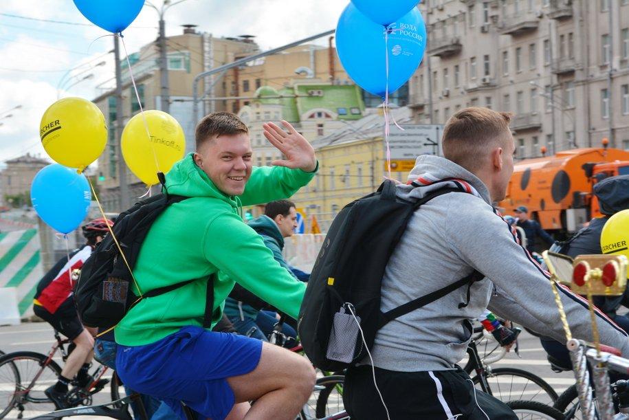 Участники Московского велопарада