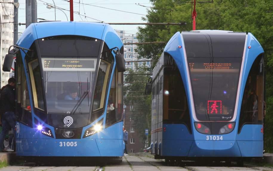 Женщина попала под трамвай в центре Москвы