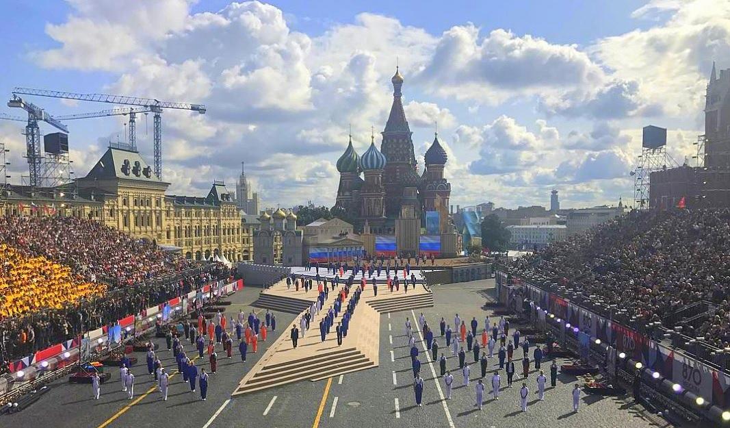 Президент Путин поздравил москвичей с Днем города