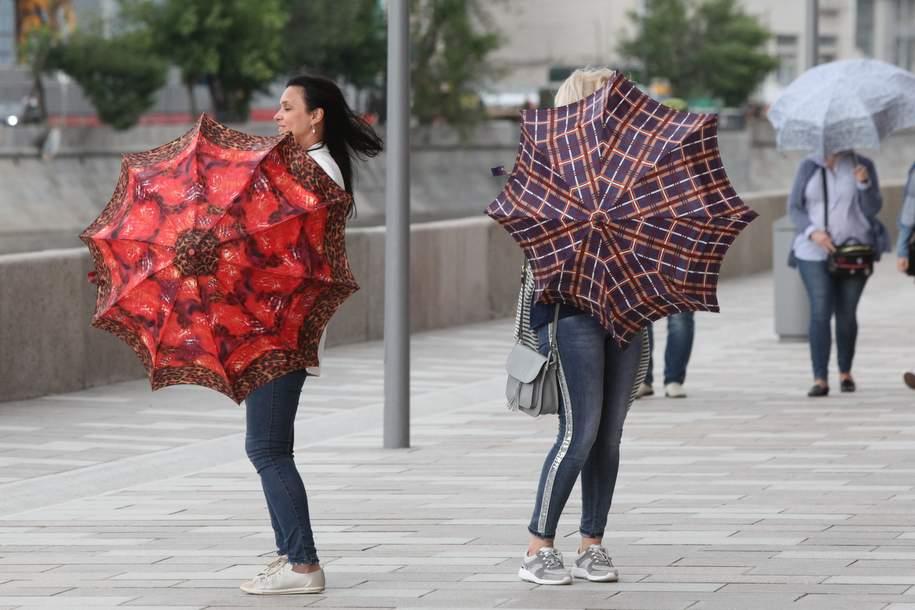 МЧС: В столице ожидается усиление ветра
