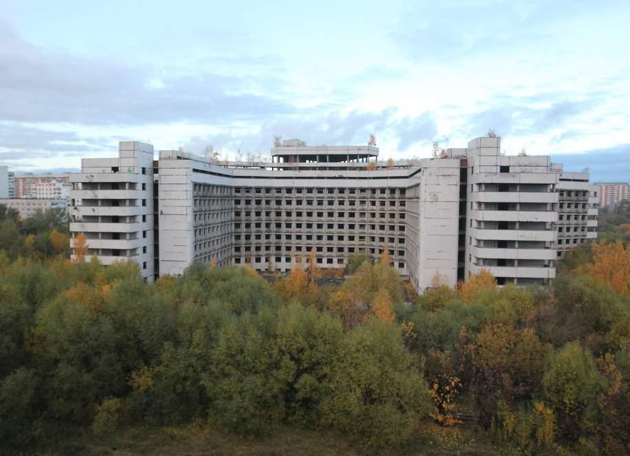 Ховринская больница: история мрачного долгостроя Москвы