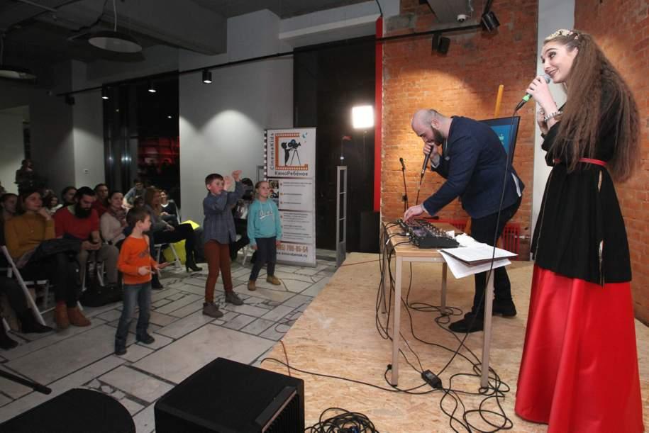 Педагоги в московских школах искусств будут ежегодно получать грант в 140 тыс. руб.