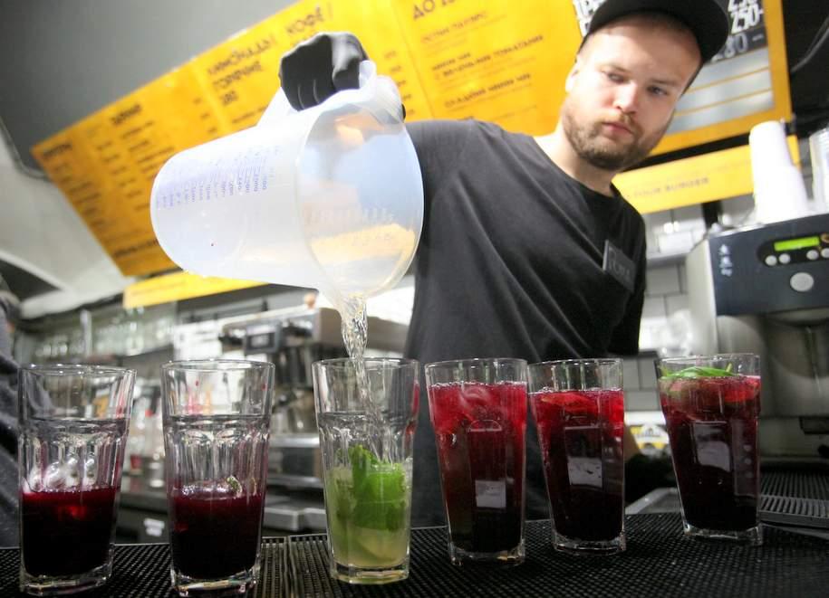 Оборот в магазинах и кафе Москвы вырос на 30 процентов
