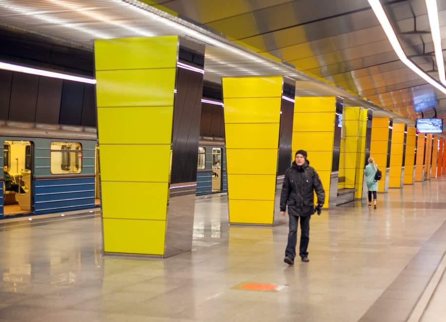Три станции «фиолетовой» ветки метро закроют на неделю