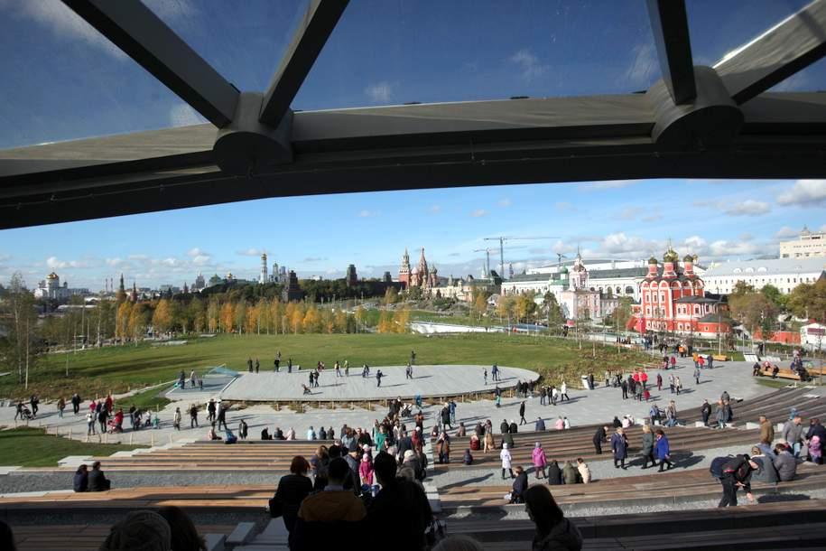 Партер концертного зала установят в парке «Зарядье» к концу года