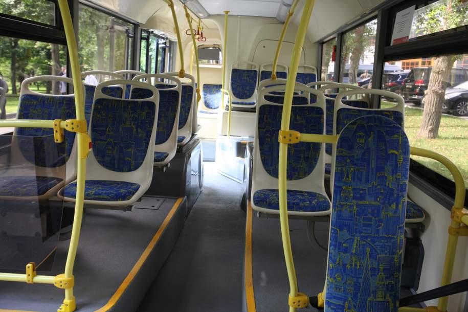 На трех автобусных маршрутах можно будет оплатить проезд бесконтактным способом