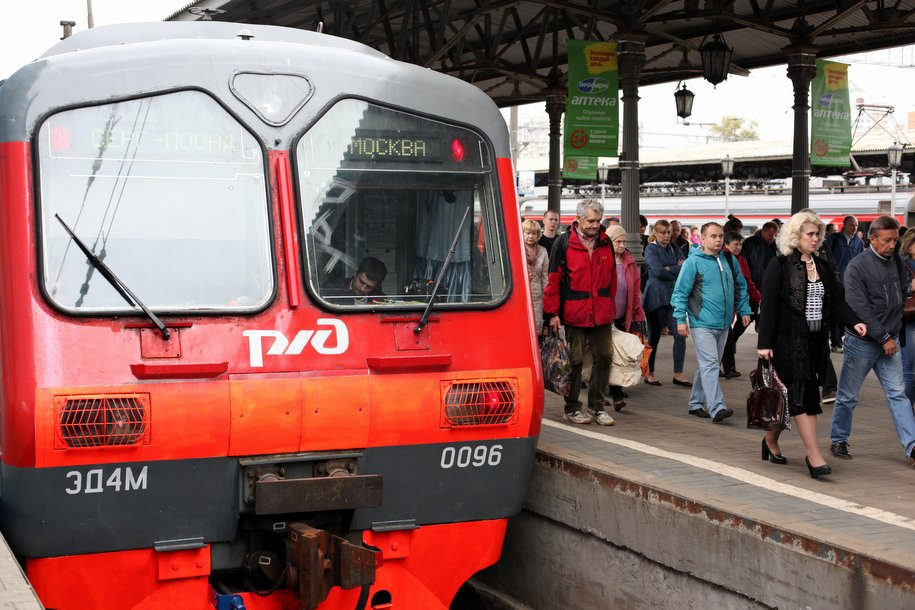 На Киевском направлении МЖД из-за хулиганских действий на час задержали электричку