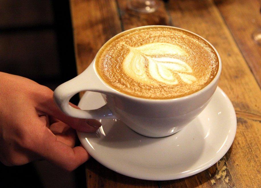 На шести станциях МЦК появятся кофейни и аптеки
