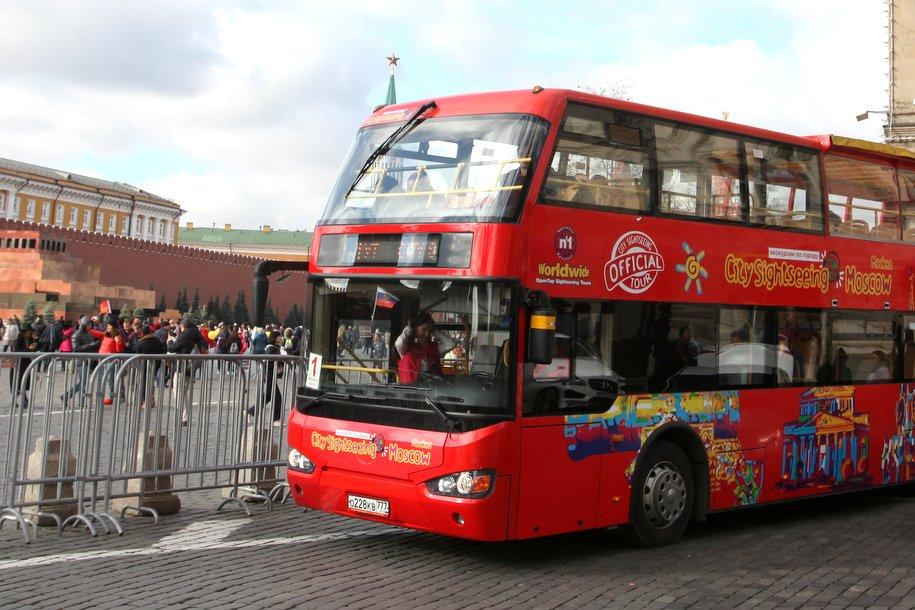 Стоянки для туристических автобусов организовали в14 местах вцентральной части Москвы
