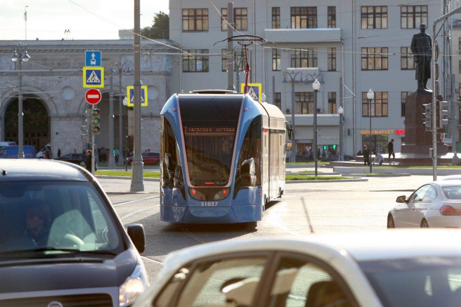 Скорость наземного общественного транспорта увеличилась на 11%