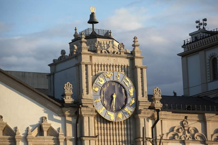 Шесть самых знаменитых часов столицы