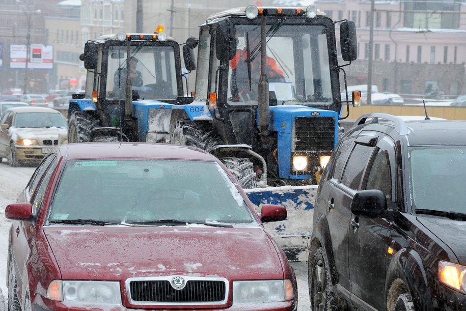 В районе Рязанского проспекта произошло ДТП с участием трёх машин