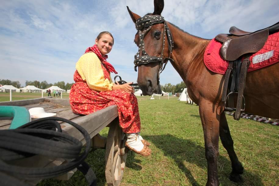 Где заняться конным спортом в Москве