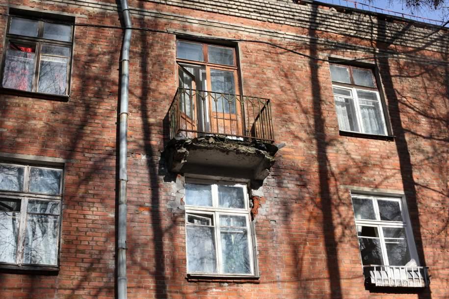 В Кузьминках ребенок упал с 5 этажа