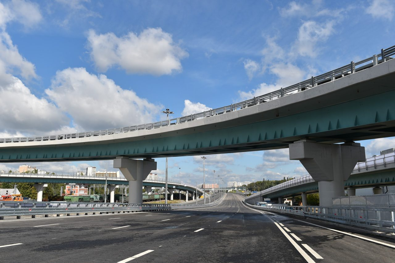 Столичные власти реконструируют еще 10 развязок на МКАД