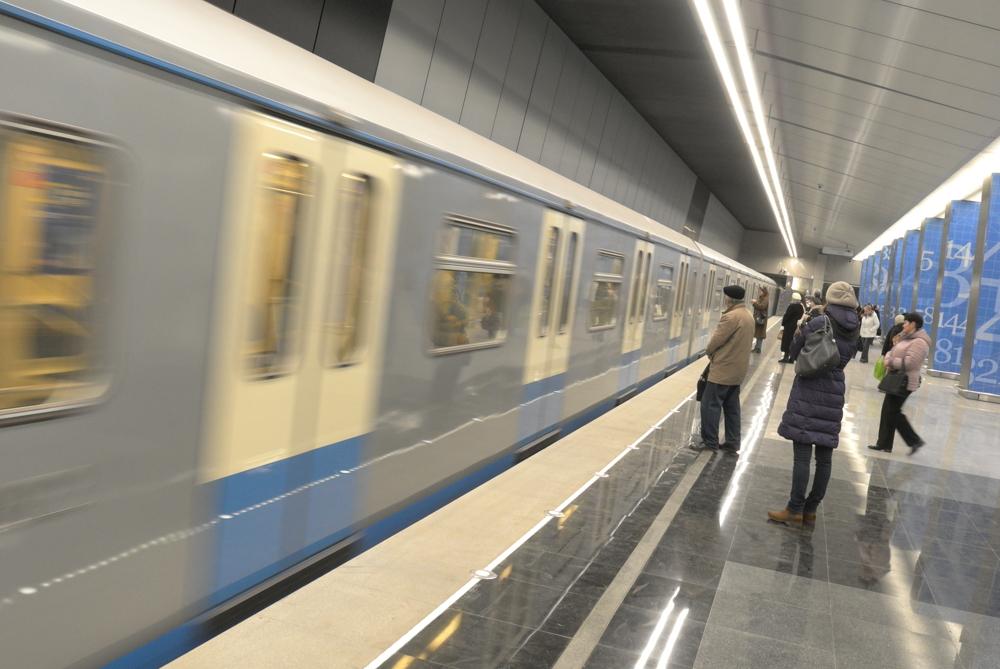 На станции метро «Боровское шоссе» завершилась гранитная отделка