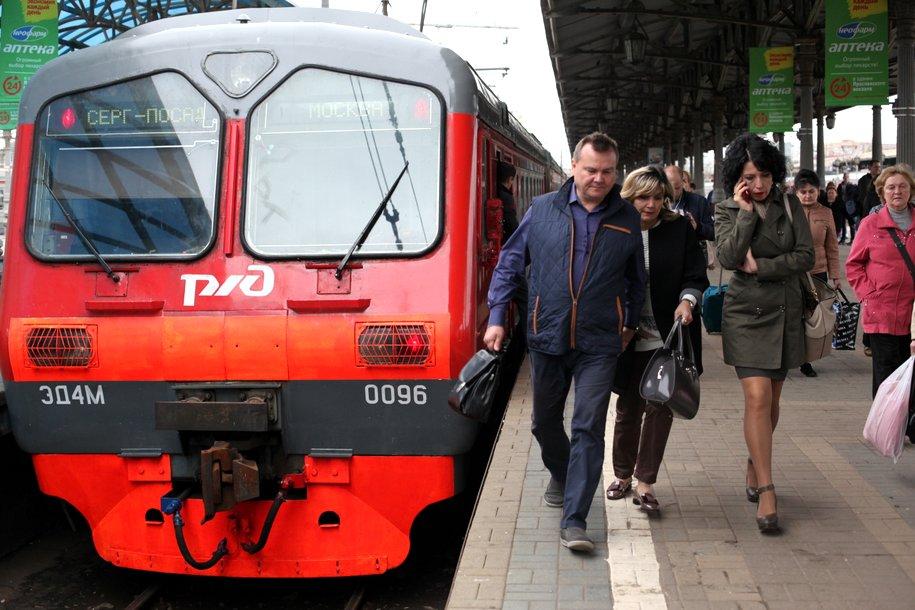 На Киевском направлении МЖД задержан электропоезд