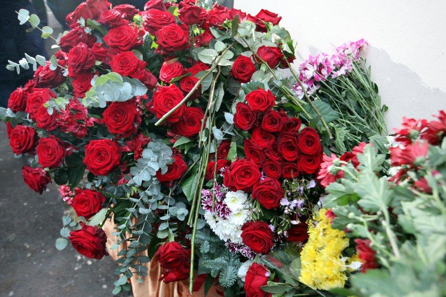 В аэропорту Домодедово прошла панихида по погибшим пассажирам самолета Ан-148