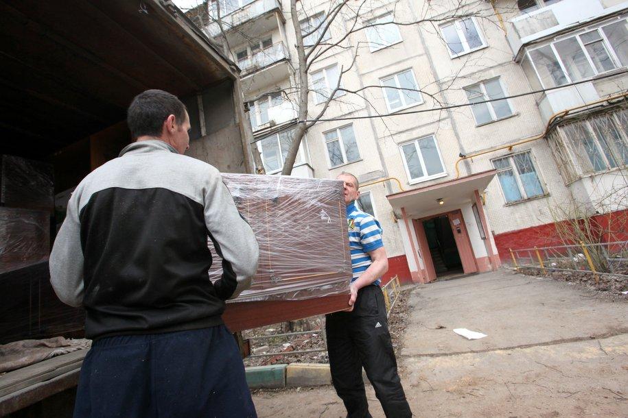 Власти готовы начать переселение по реновации