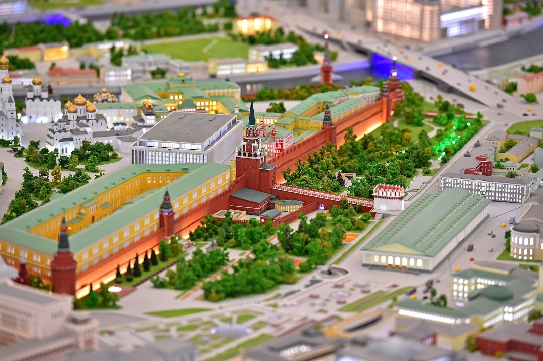 Каждый месяц павильон «Макет Москвы» наВДНХ посещает около 15 тыс. человек
