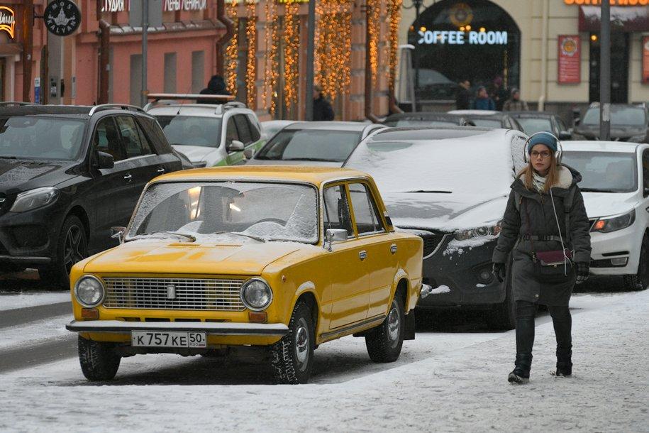 Сергей Собянин пообещал бесплатную парковку в новогодние праздники
