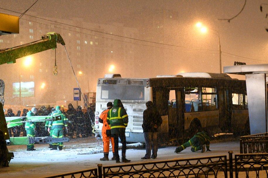 «Мосгортранс» объявил результаты проверки автобуса, который сбил людей